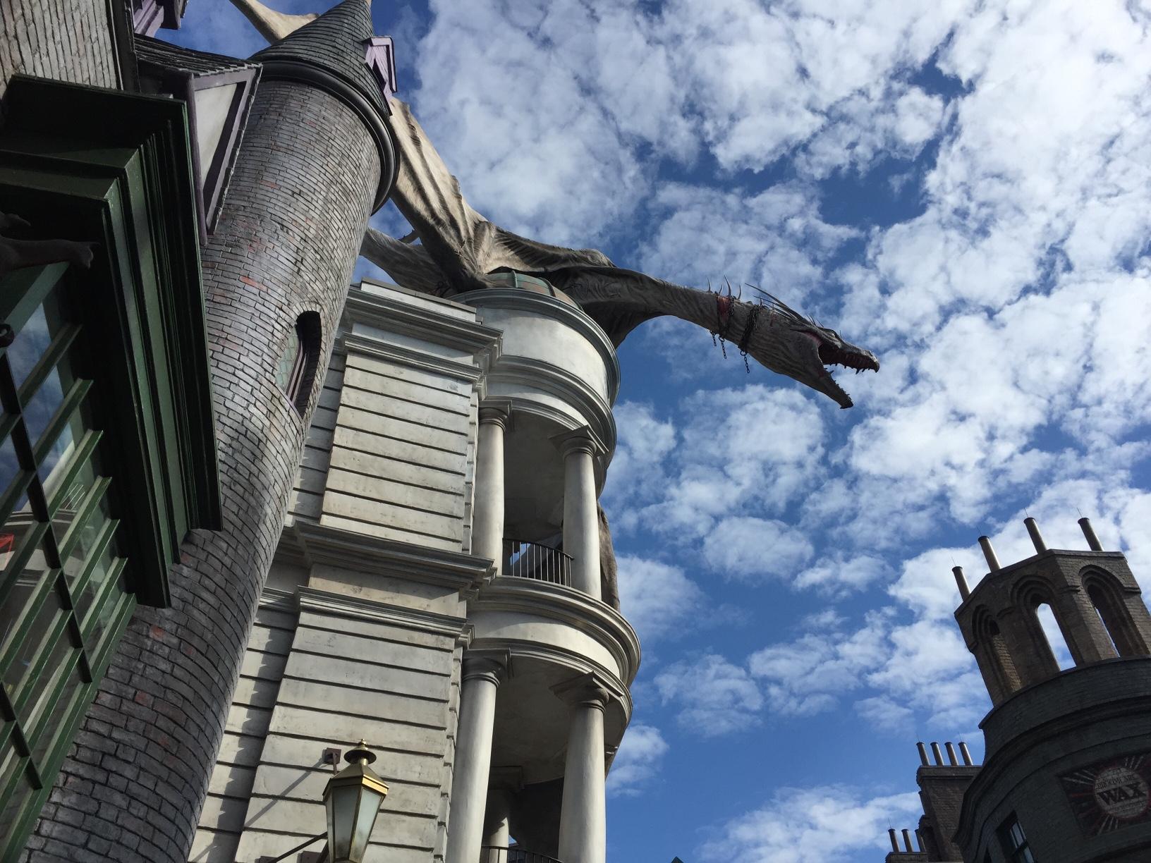 Dragon at Daigon Alley