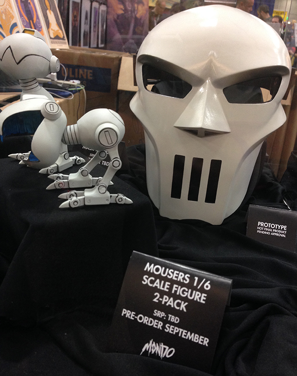 mondo mousers jones mask